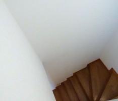 階段から見下ろす