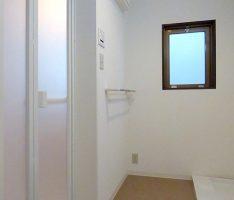 洗面所・洗濯機置き場をリニュアル