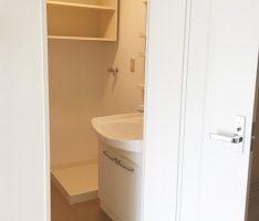 洗面所のクロスと床も貼り替え