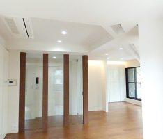 堀上天井と間接照明で立体感をだす