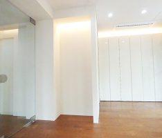 ディスプレイゾーンと繋がる家具
