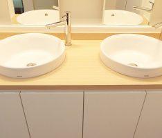 モダンな手洗器は2ボールで